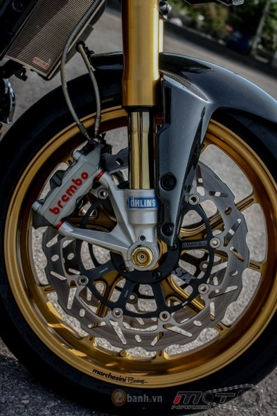 Ducati Streetfighter trong ban do sieu khung den tu Thai - 13