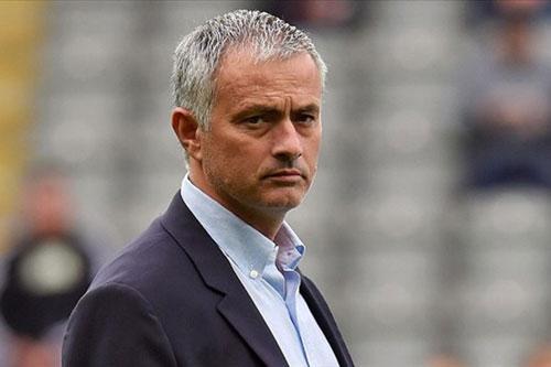 HLV Mourinho Toi khong hieu bao chi lay dau thong tin ve ban hop dong giua toi va Man Utd - 2