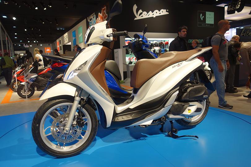 Huong Dan Mua Tra Gop Xe Liberty ABSTra gop xe Piaggio Medley _ Toan Quoc - 5