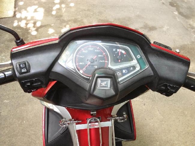 Xe Honda AirBlade FI 110cc cuoi 2010 - 3