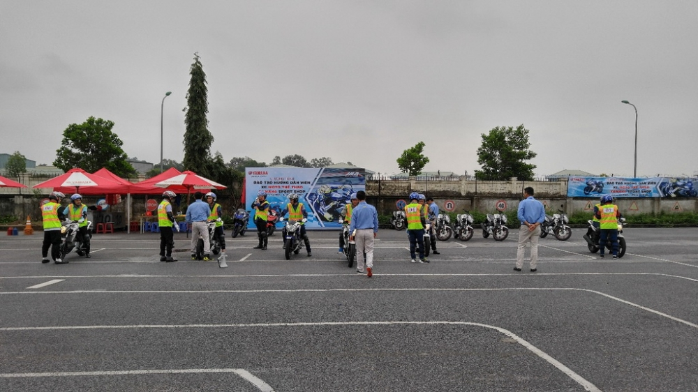 Yamaha dao tao ky nang ve Mo to the thao cho cac nhan vien Sport Shop - 4