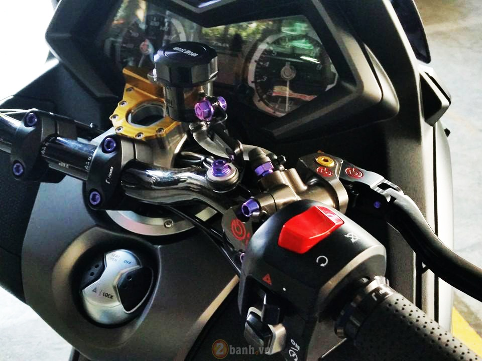 Yamaha TMax voi phien ban do khung tu JC Superbike - 4