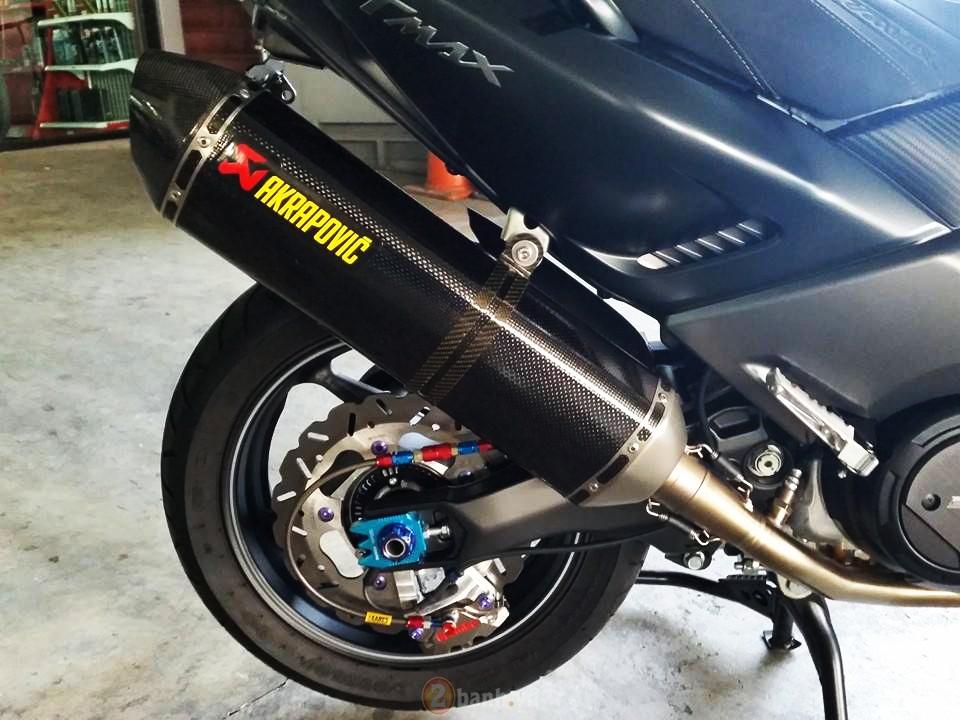 Yamaha TMax voi phien ban do khung tu JC Superbike - 10