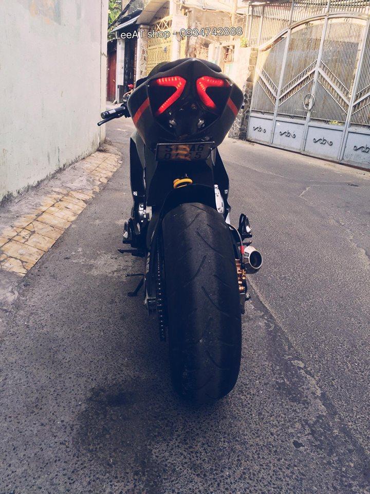 Ban do Ducati 899 vo cung doc dao tu Honda Hornet 250 tai Viet Nam - 8