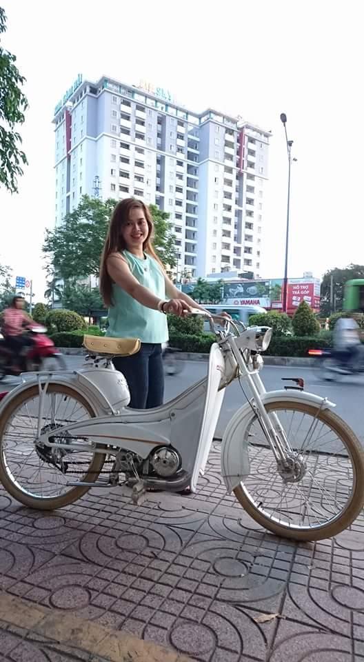 Bat Ngo Xuat hien Hang Loat Chiec xe Co Da Mat Biet Tam - 12