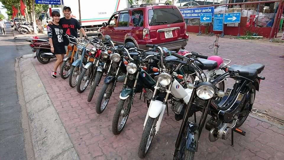 Bat Ngo Xuat hien Hang Loat Chiec xe Co Da Mat Biet Tam - 17