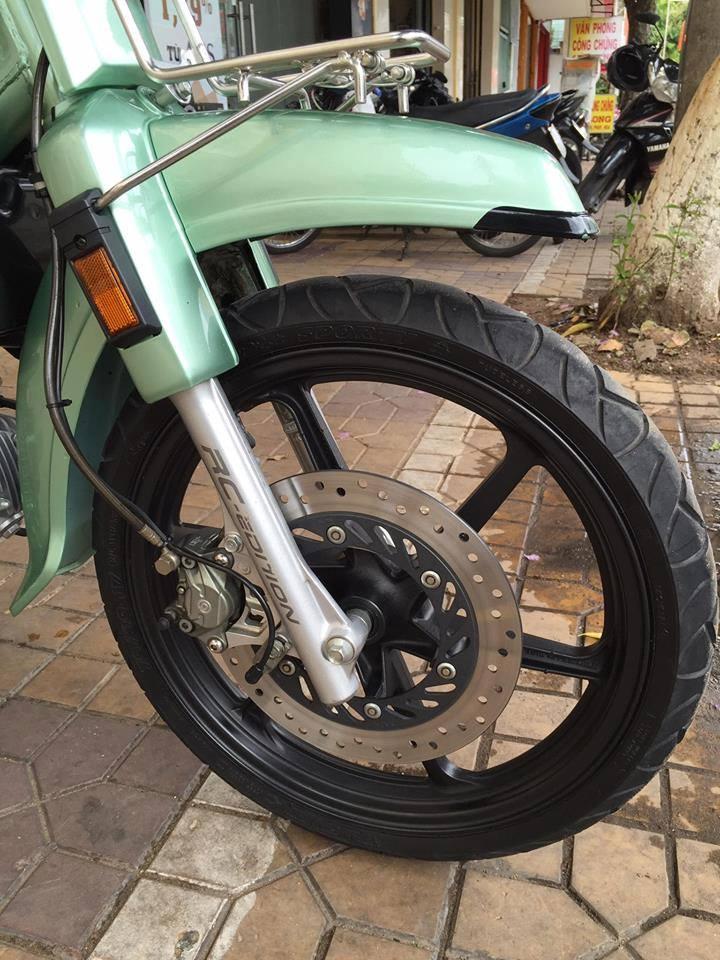 Honda Dream do day phong cach khi don gan nhu full option - 4
