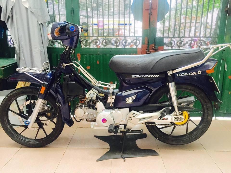 Honda Dream do full do choi day phong cach