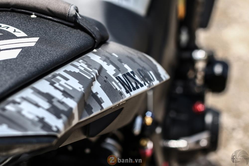Kawasaki Z1000 ham ho day chat linh trong ban do Army - 19