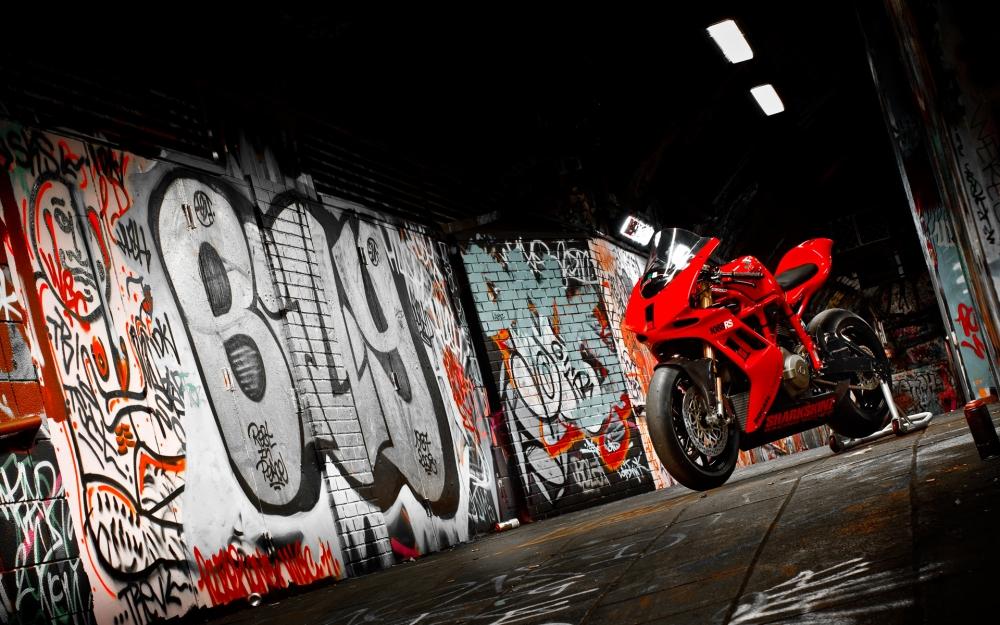 Xe dua Ducati 1170RS voi loat trang bi khung khiep - 2