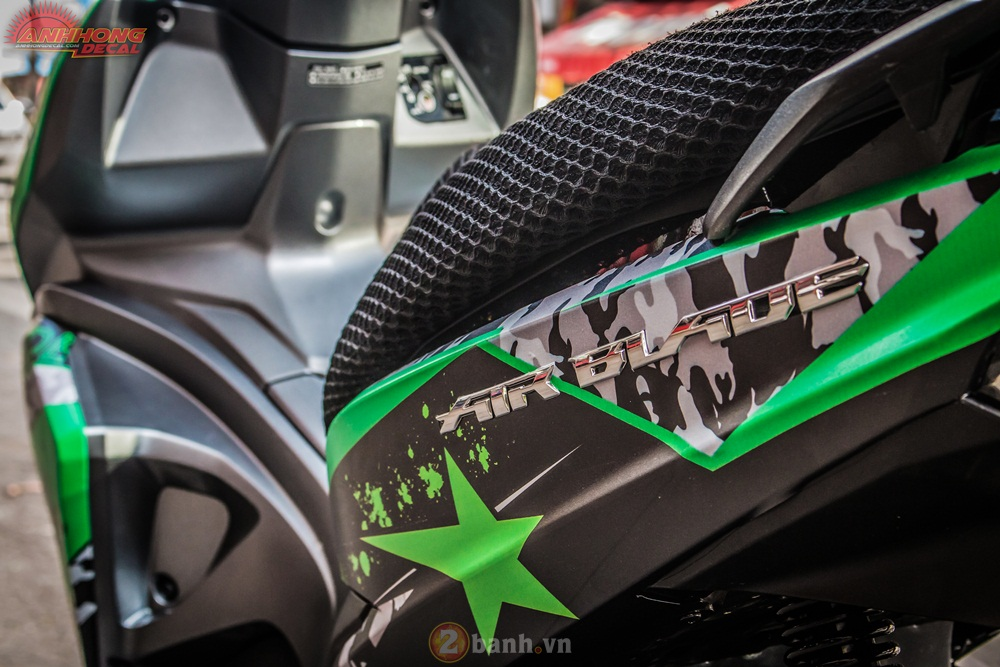 Anh Hong Decal show them ban do AirBlade 125 an tuong - 4