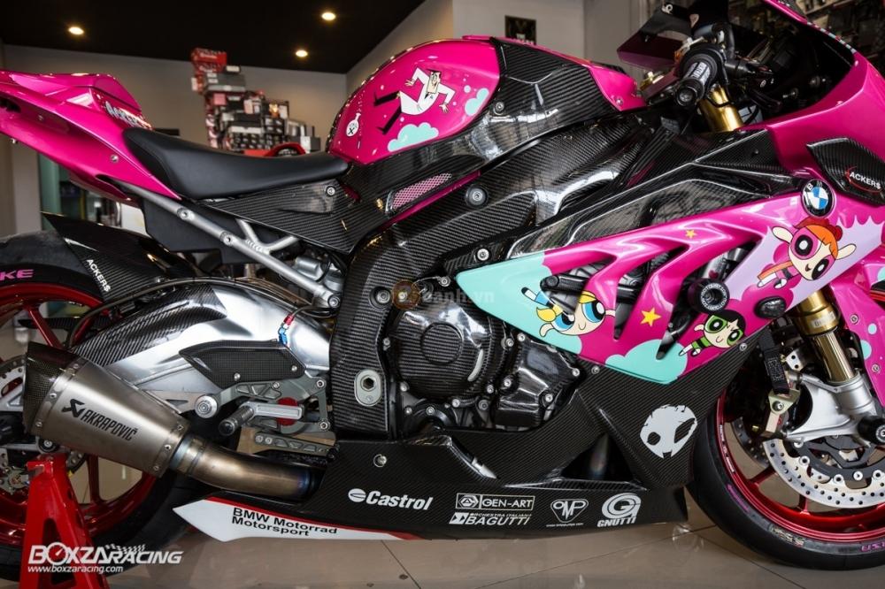 BMW S1000RR so cute voi phien ban do PowerPuff Gril tu The Ackers Racing - 27