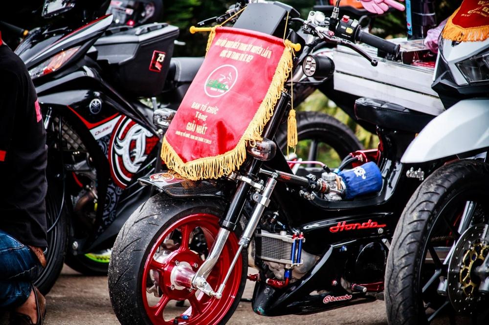 Chaly do cuc dep cua biker Sai Gon - 2
