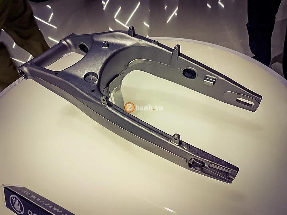 Chi tiet ben trong cua chiec Honda CBR250RR 2017 - 3