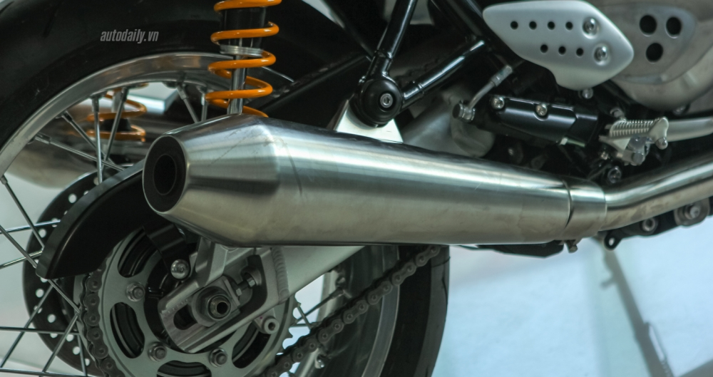 Chi tiet chiec Triumph Thruxton 1200R 2016 vua duoc nhap ve Ha Noi - 20