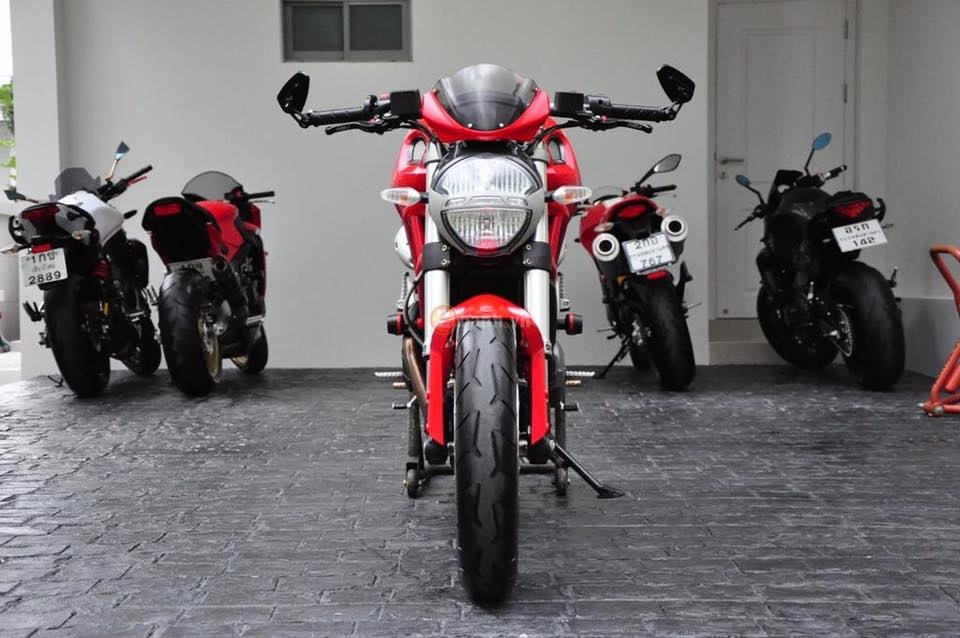 Ducati Monster 795 trong ban do full option day phong cach - 2