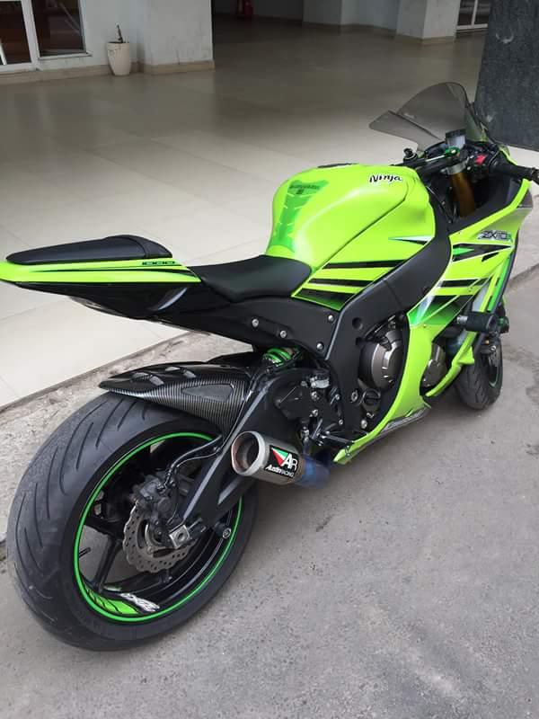 Kawasaki ZX10R chat choi voi sung Austin Racing ham ho - 2