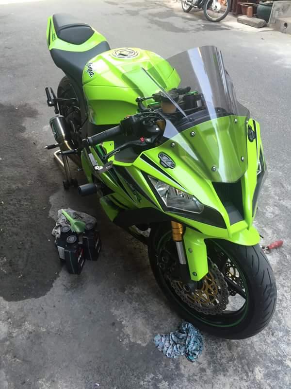Kawasaki ZX10R chat choi voi sung Austin Racing ham ho - 4