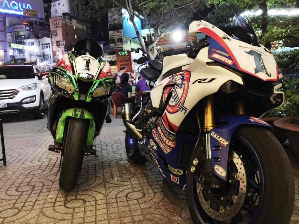 Yamaha R1 long lay voi bo ao dau cung dan po hang hieu - 12