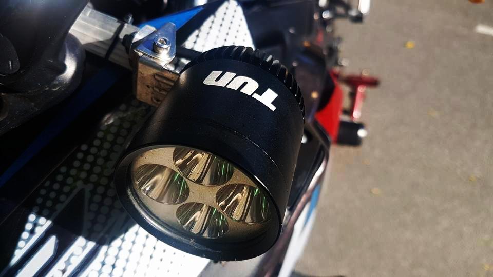 Yamaha R3 dam chat the thao voi phien ban Redbull cua biker Da Nang - 8