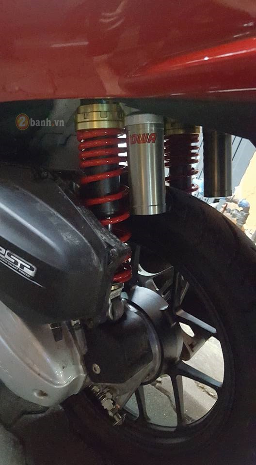 An tuong nhe cung dan do choi tren Honda PCX 150 - 6