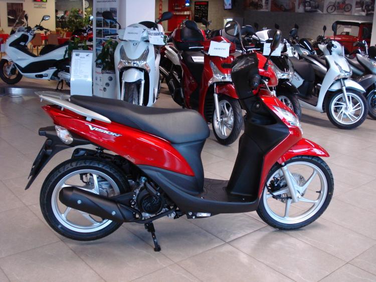 Cap nhat gia xe tay ga Honda thang 82016 - 6