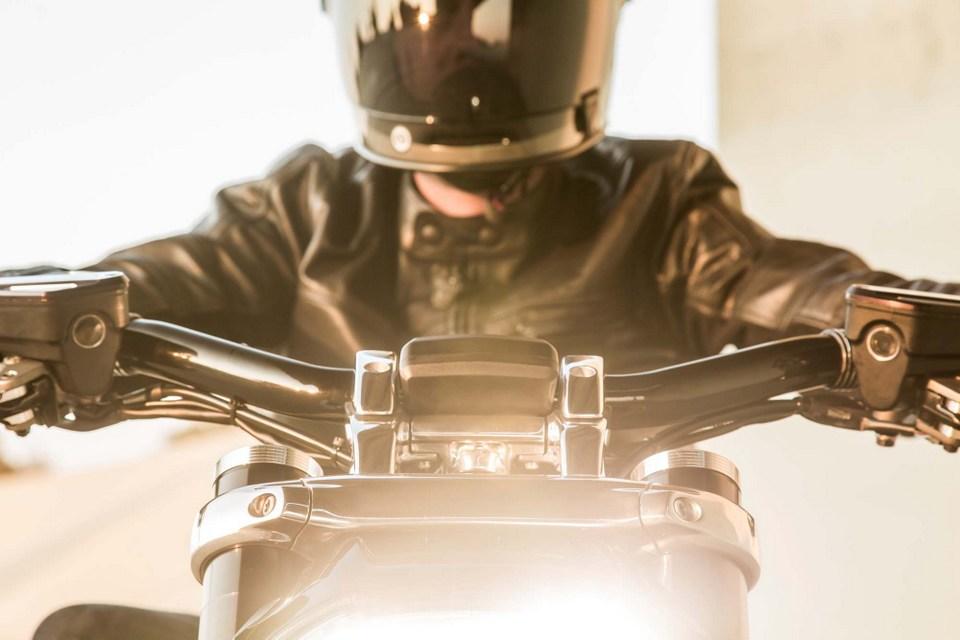 Ducati XDiavel dep tuyet voi trong ban do tu Roland Sands Design - 14