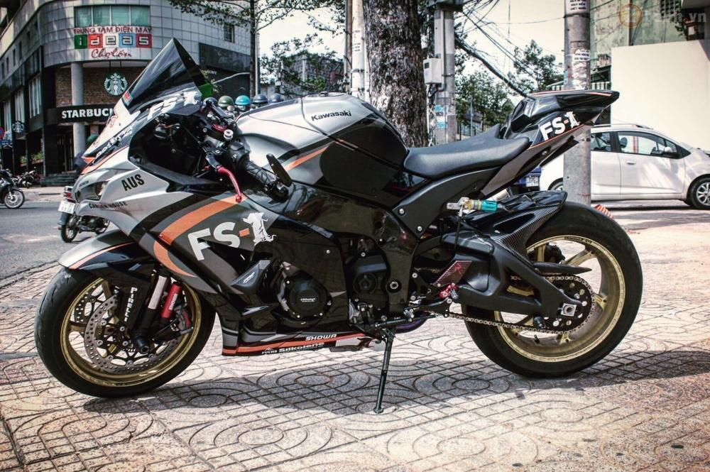 Kawasaki Ninja ZX10R 2016 do sieu khung cua biker Sai Thanh