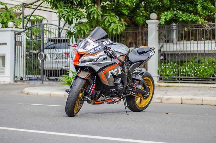 Kawasaki Ninja ZX10R 2016 do sieu khung cua biker Sai Thanh - 15