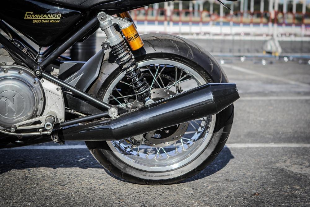 Norton Commando 961 Cafe Racer khoe dang tai Vietnam Bike Week 2016 - 9