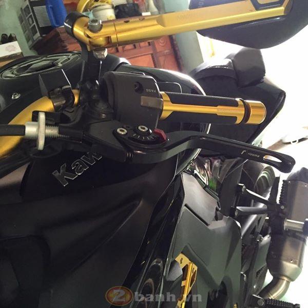 Kawasaki Z1000 cuc than di dong voi dan do choi don gian ma ton kem - 4