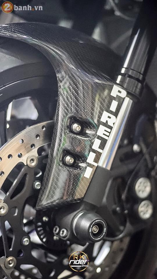 Yamaha R1 den mo sieu ngau trong ban do tu RK Rider Shop - 4