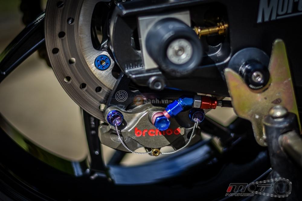 Yamaha R1 sieu chat trong phien ban Movistar MotoGP - 17