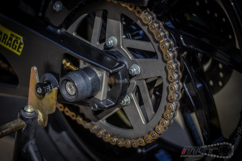 Yamaha R1 sieu chat trong phien ban Movistar MotoGP - 19
