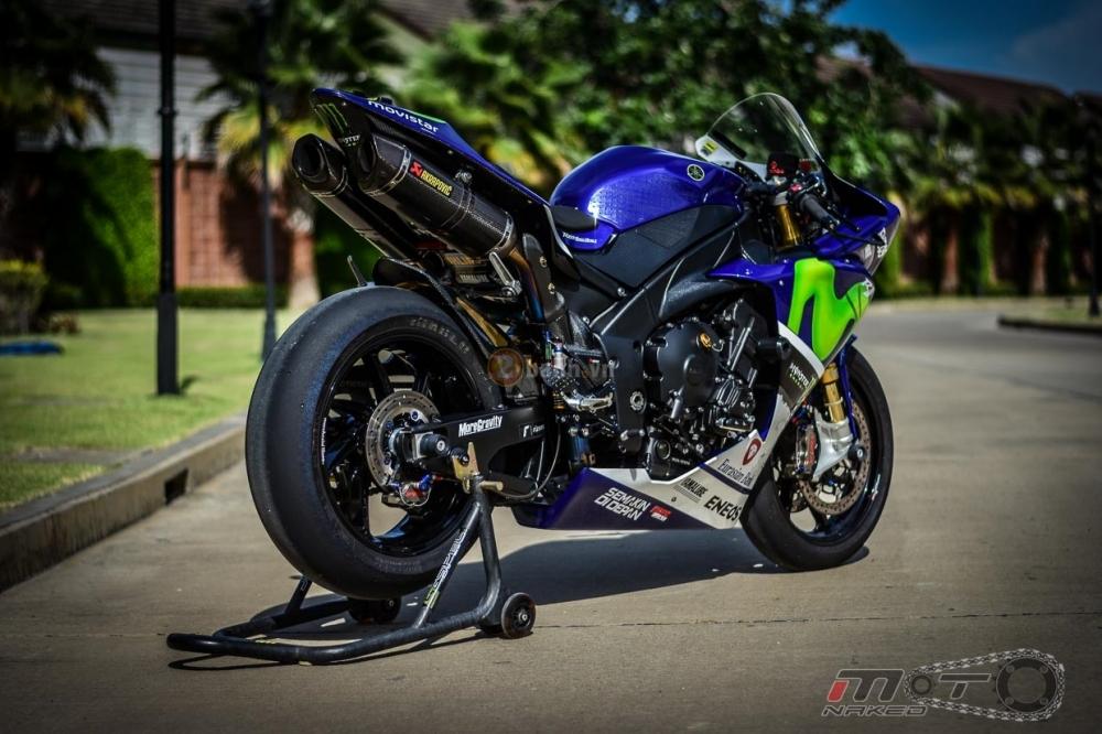 Yamaha R1 sieu chat trong phien ban Movistar MotoGP - 29