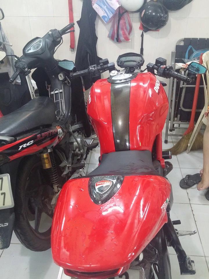Ban Ducati Monster 795 HQCN date 2012 gia SV - 7