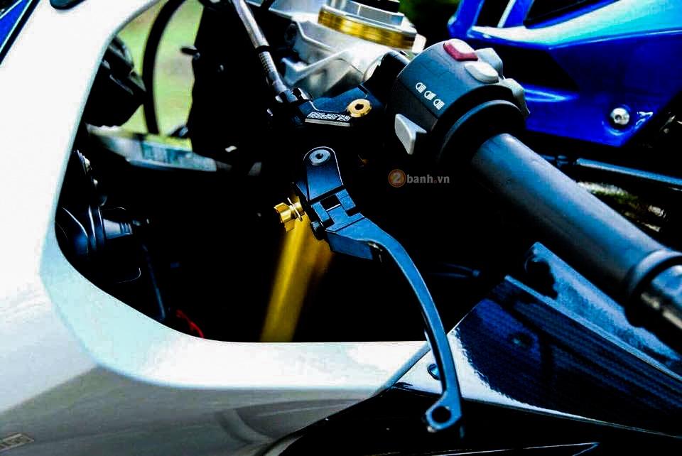 BMW HP4 ban do don gian nhung dang cap - 4