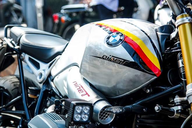 BMW R nineT trong bo canh tem dau co Duc - 2