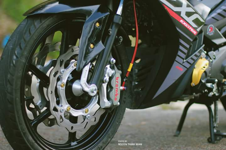 Exciter 150 trang bi bo giap day an tuong cua biker Nha Trang - 11