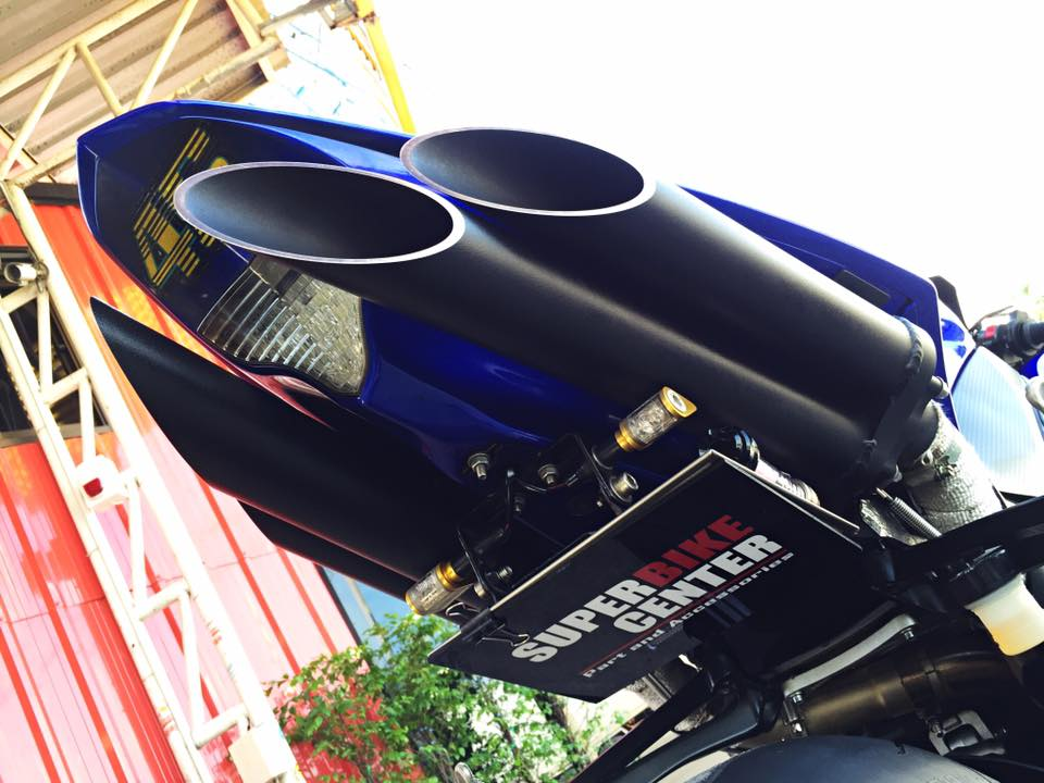 Hang khung YZFR1 trang bi tan rang goi do Racing - 2