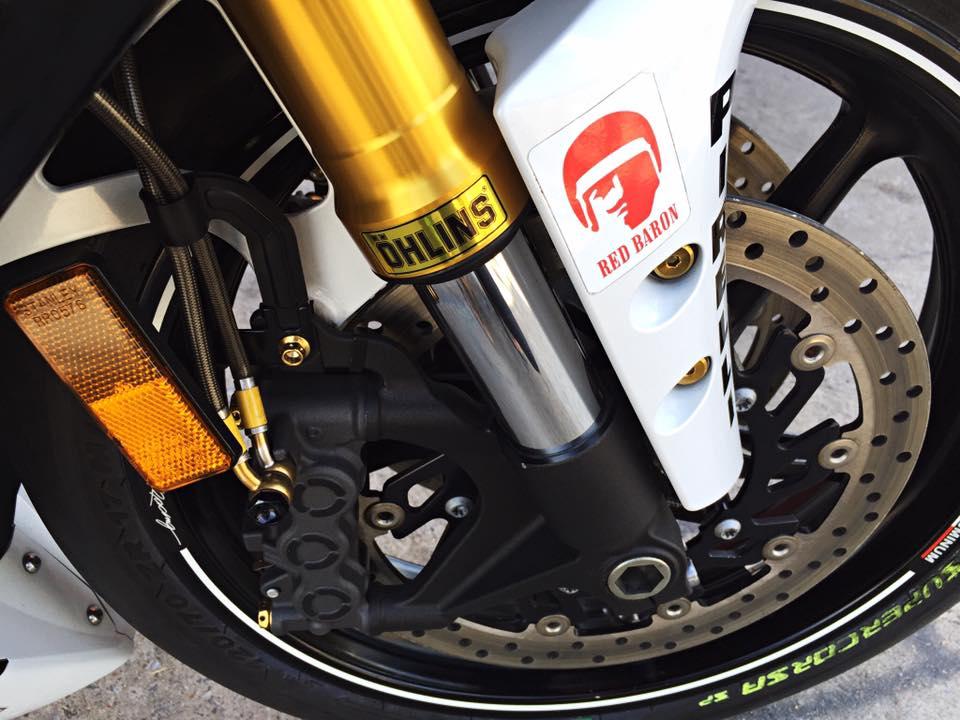 Hang khung YZFR1 trang bi tan rang goi do Racing - 4