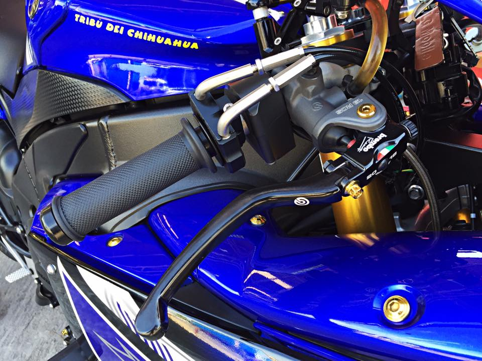 Hang khung YZFR1 trang bi tan rang goi do Racing - 12