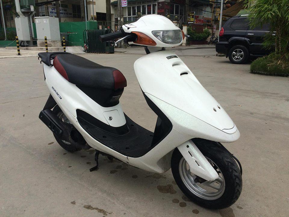 Honda Spacy 50cc nhap khau Nhat mau trang nguyen ban - 4