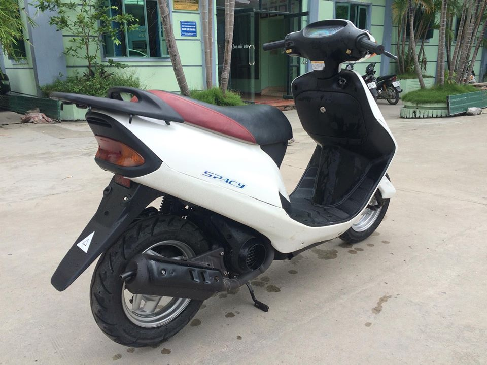 Honda Spacy 50cc nhap khau Nhat mau trang nguyen ban - 5