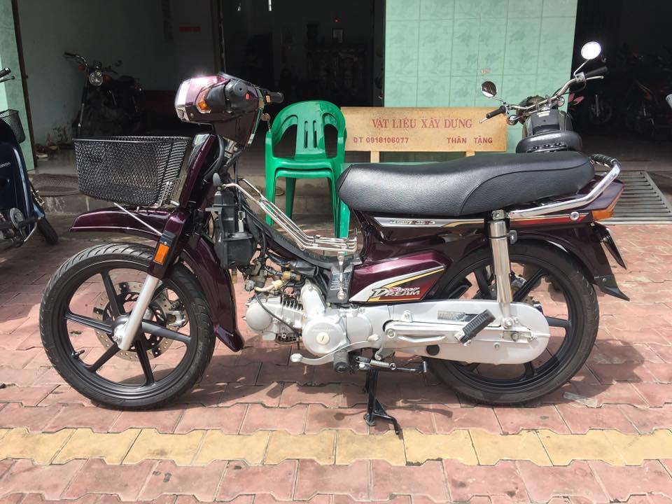 Honda Super Dream huyen thoai voi nhung do choi the thao - 4