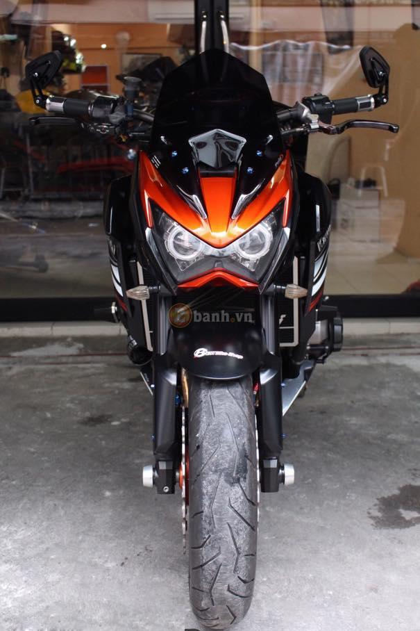 Kawasaki Z800 den cam voi doi mat thu sinh - 2