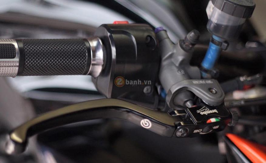 Kawasaki Z800 den cam voi doi mat thu sinh - 13