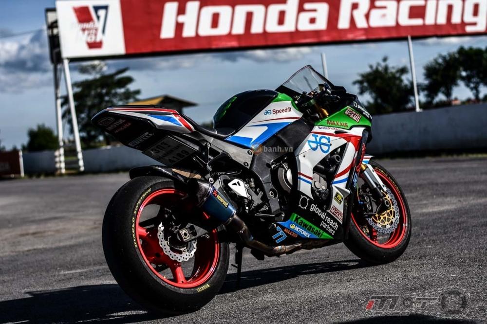 Kawasaki ZX10R do phien ban JG Speedfit dam chat xe dua - 14