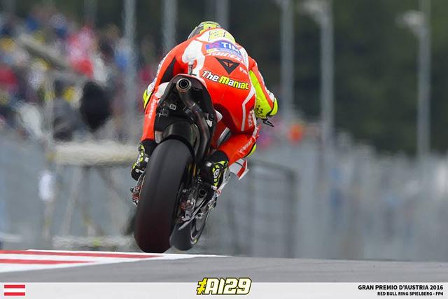 Ket qua phan hang MotoGP Andrea Iannone co pole dau tien - 2