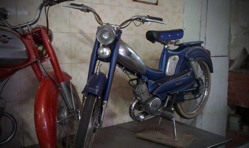 Motobecane AV88 la mau xe trong gia dinh AV cua Mobylette thuoc nhung nam 1950 - 2